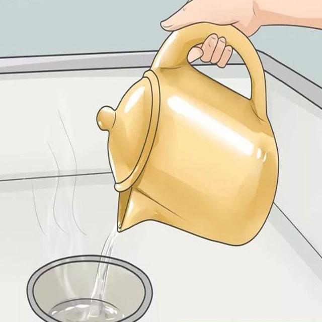 dội nước nóng vào cống
