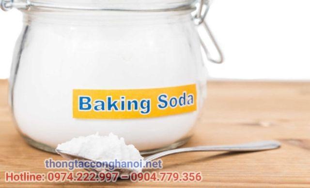 Cách khử mùi khai trên đệm bằng baking soda