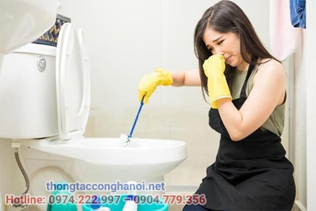 Nguyên nhân gây mùi hôi của bể phốt