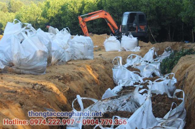 Phương pháp xử lý chất thải rắn bằng cách chôn lấp