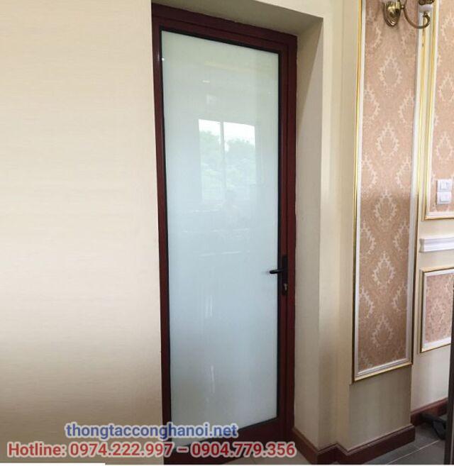 Kích thước cửa nhà vệ sinh cho gia đình